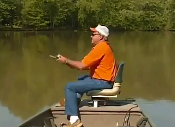 Daily funny fishing edition bill dance bloopers for Bill dance fishing