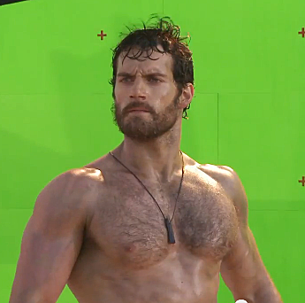 """Man of Steel's"" Henry Cavill Works Out Minus His Shirt ..."